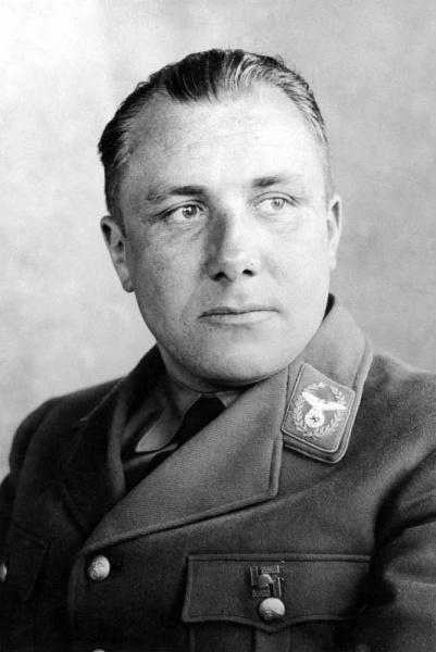 Martin Bormann (*17.Juni 1900, †02.Mai 1945), Quelle: Unbekannt, Lizenz: CC BY-SA 3.0 de