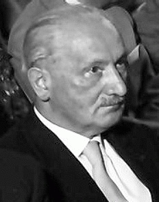 Martin Heidegger (*26. September 1889, †26. Mai 1976), Quelle: Willy Pragher, Lizenz: CC BY-SA 3.0