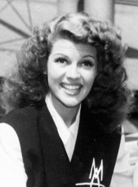 Rita Hayworth (*17.Oktober 1918, †14.Mai 1987), Lizenz: Public domain
