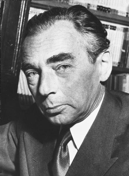 Erich Kästner (*23.Februar 1899, †29.Juli 1974), Quelle: Basch, [...] / Opdracht Anefo, Lizenz: CC BY-SA 3.0 nl