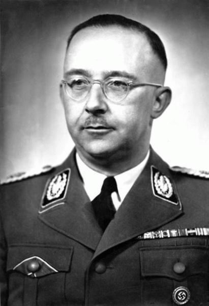 Heinrich Himmler (*07.Oktober 1900, †23.Mai 1945), Quelle: Friedrich Franz Bauer, Lizenz: CC BY-SA 3.0 de