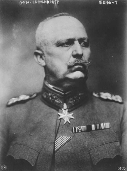 Erich Ludendorff (*09.April 1865, †20.Dezember 1937), Quelle: Alexander Binder, Lizenz: Public domain