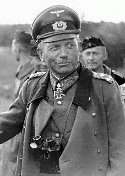 Heinz Guderian (*17.Juni 1888, †14.Mai 1954), Quelle:  original author Knobloch, Ludwig modified by aokomoriuta , Lizenz: CC BY-SA 3.0 de
